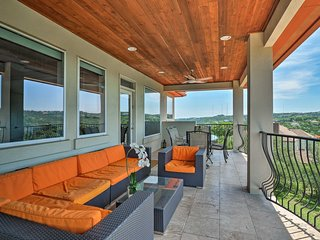 Austin House in Westlake-Mins. to Downtown & Lake