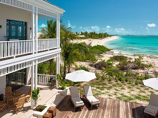 Villa Saving Grace  | Beach Front :: Located in  Fabulous Grace Bay with Private