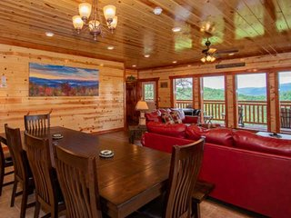 4 K Suites w/Private Baths, Pool in Cabin, Theater Room, Games - 25% OFF 3-nt mi