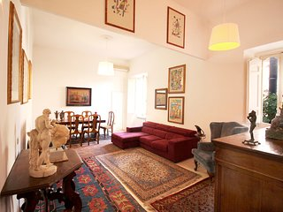 Trastevere Enchanting 3BR Apartment