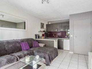 Designed apartment in Cannes La Bocca - W412