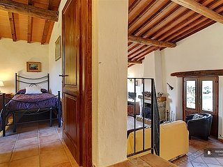 Superb 4 bedroom Apartment in Florence  (FC9892)