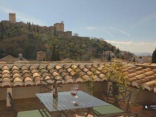 Sparkling 2 bedroom Apartment in Granada (FC3661)