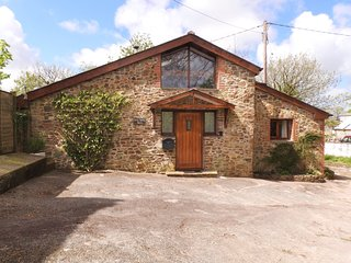 DILLY DALLY BARN, detached conversion, woodburner, single-storey, Bradworthy