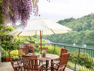 ELPHINSTONE, Scenic views, Beautiful location, En suite, Ref. 978725.