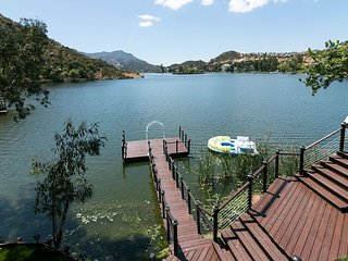 Palatial 3BR Home+Studio on Lake Sherwood w/Incredible Indoor/Outdoor Living