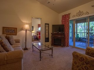 The Golf Retreat-3 bedroom, 3 bath condo located at Stonebridge Resort
