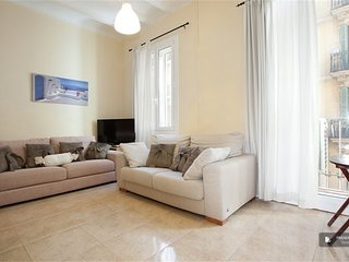 Sparkling 3 bedroom House in Barcelona