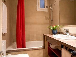 Exquisit 3 bedroom House in Barcelona (FC2505)