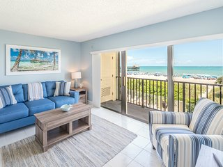 Oceanfront Paradise - Corner Unit - Direct Beach Views