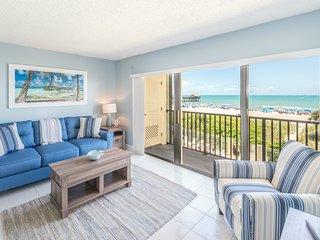 Oceanfront Paradise - Corner Unit - Direct Beach Views