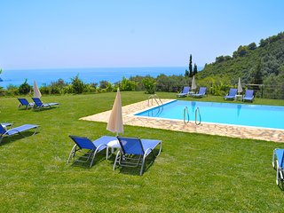 Apartments with pool adonis in Pelekas Beach Corfu