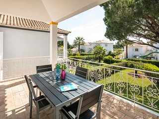 2 bedroom Villa in Quinta do Lago, Faro, Portugal : ref 5628985