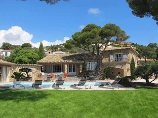 4 bedroom Villa in Les Issambres, Provence-Alpes-Cote d'Azur, France : ref 54360