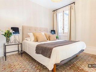 Magnificent 4 bedroom Apartment in Madrid (F7484)