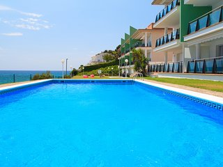 UHC ARINSAL FAMILY COMPLEX 304:Enjoy this modern sea view apartment in CapSalou