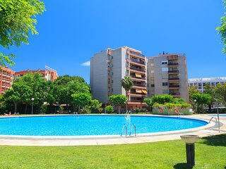 DANUBIO 314: Economical apartment in the middle of Salou with 3 community pools!