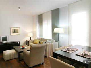 Lovely 3 bedroom Apartment in Seville  (FC5882)