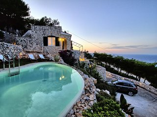 Belvedere 1 luxe pool house