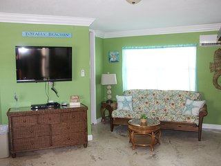 Beach Front Large Studio Condo beautiful & clean!