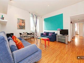 Magnificent 2 bedroom Apartment in Roma (FC4702)