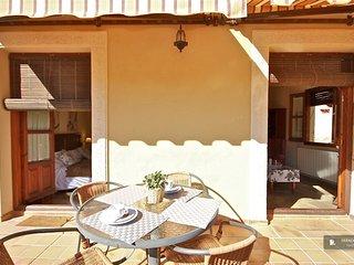 Splendid 2 bedroom Apartment in Granada (FC5291)