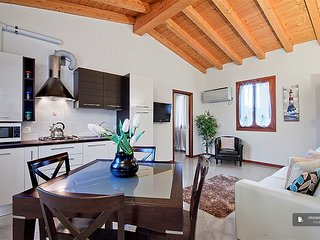 Splendid 2 bedroom House in Venezia