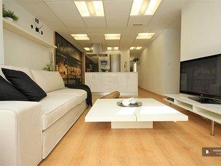 Stunning 5 bedroom Apartment in Granada (F7632)