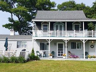 Ocean_Peek_East_Boothbay_Maine