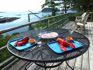MERWICK COTTAGE | FIVE ISLANDS | GEORGETOWN, MAINE | WATER-FRONT| OCEAN VIEWS