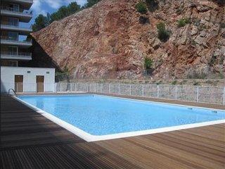 3 pièces dans résidence avec piscine