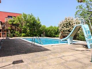 Elegante villa con piscina privada! Ref.243041