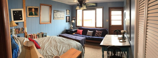 Eisenhower Guest Cottage -- double bed with double size futon, full bath, and kitchenette