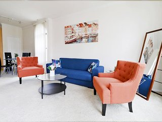 East West Comfort: Downtown LA Exclusive Apartment