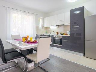Ana Apartman