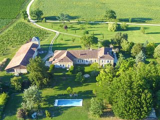 6 bedroom Chateau in Larroque-sur-l'Osse, Occitania, France : ref 5628986