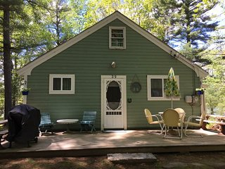 Charming ocean front cottage in Harpswell