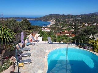 Villa à CARGESE vue mer avec piscine