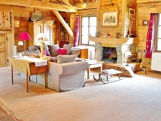 Old Wood & Luxury Chalet in the French Alps - Savoie Mont Blanc