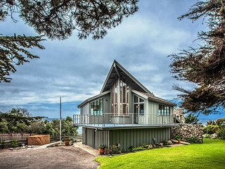 3772 The Waves - Ocean Front, Private, Watch Whales and Sunsets