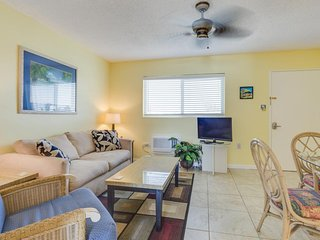 NEW LISTING! Canal front condo w/amazing views, shared pool, convenient location