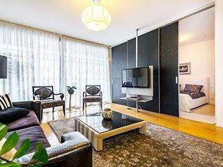 Lux Apartment 'Rozino' - Free Portable WiFi & Garage parking