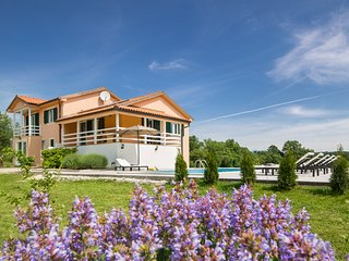 Villa Olea adapted in 2018. Cosy, green, relaxing