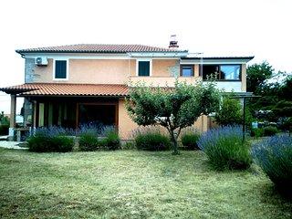 Villa Kras
