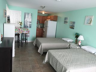 Fully Remodeled Large Studio Steps Away from Hampton Beach
