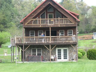 Cruizin' River Dreams - Log cabin rental near Boone ON THE NEW RIVER