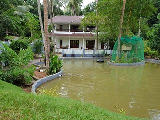Amritham Holidays - Home stay