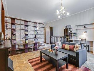 Cozy, spacious & bright apartment