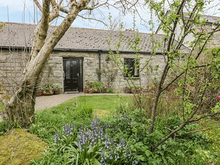 BRUNNION COTTAGE, open plan, all ground floor, in Carbis Bay, Ref 977835