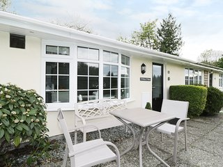 T'WHIT T'WOO, single-storey, open plan, WiFi, terrace, in Windermere